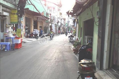 Bán nhà Lũy Bán Bích Hòa Bình Tân Phú hẻm xe hơi, 74m2 (4.9x15.5m), 5.7 tỷ thương lượng