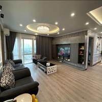 Bán nhanh căn hộ E4, diện tích 153m3, 4 ngủ, full đồ. Giá bán: 5.5 tỷ. LH: 0398195355 - Mr.Tuấn Anh