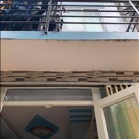 Kẹt tiền nên bán căn nhà sổ hồng riêng, đường Lê Văn Khương, Quận 12 giá 1.35 tỷ 35m2