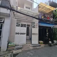 Bán nhà đường Phạm Văn Bạch, Phường 15 Tân Bình, hẻm thông xe hơi