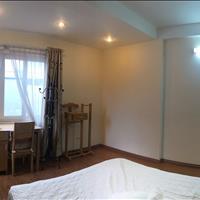Cho thuê chung cư full nội thất tại Ba Đình, gần cầu Nhật Tân, cách Văn Cao 200m