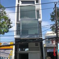 Cho thuê tòa nhà 3 lầu, 560m2 mặt tiền Nguyễn Văn Cừ, có thang máy