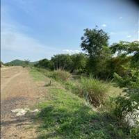 Lô đất gần ngã tư liên huyện + liên xã chỉ 90k/m2, SHR 10208m2, đường ô tô vào tới đất, vị trí đẹp