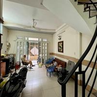 Bán nhà đường Lê Văn Sỹ, Phường 10, Quận Phú Nhuận, diện tích lớn, hẻm thông, giá rẻ