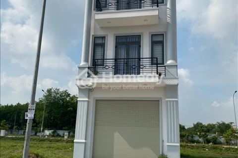Bán nhà mặt phố quận Tân Uyên - Bình Dương giá 1.88 Tỷ 1 trệt 2 lầu,giá 1,8 tỷ