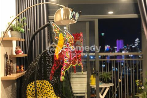 Căn hộ 2PN view trực diện Bitexco, nội thất xinh, 80m2, cách Quận 1 một cây cầu, Phú Mỹ Hưng 7 phút