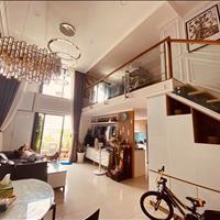 Chính chủ bán căn duplex penthouse 151m2 đã có sổ đỏ, cửa vào đông nam, giá 3.1 tỷ