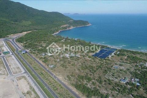 Bán nền khách sạn mặt tiền biển, xây dựng 7 tầng. DT 350m2 tại Bãi Dài Cam Ranh. Sở hữu vĩnh viễn