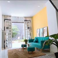 Bán gấp nhà (4x15m) 1 tấm, sổ riêng, giá 650tr sẵn nội thất dọn ở ngay chợ Nhị Xuân
