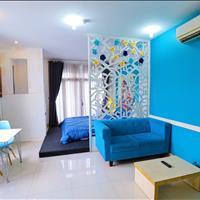 Chính chủ cho thuê căn hộ ngay mặt tiền full nt , chỉ tính phí điện ,free dv dọn phòng 2 lần/ tuần