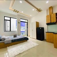 Một chiếc phòng studio đủ nội thất, có ban công cực thoáng gần công viên Lê Thị Riêng, Quận 10