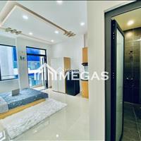 Cho thuê căn hộ có ban công, cực rộng và thoáng gần vòng Sư Vạn Hạnh, quận 10, TP. HCM
