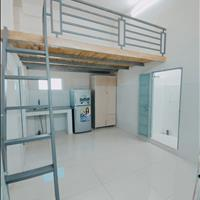 Phòng trọ Cộng Hòa Tân Bình có máy lạnh, gác cao 1m8 mới xây 30m2