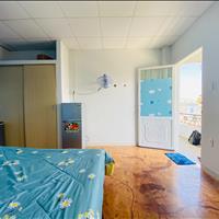 Phòng thoáng mát, tiện nghi 28m2 gần ngay ngã tư Hàng Xanh, Giá ưu đãi cho học sinh sinh viên