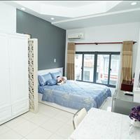 Cho thuê căn hộ Studio, cửa sổ thoáng mát đối diện nhà hát Hòa Bình, gần CC Hà Đô Q10, đường ô tô