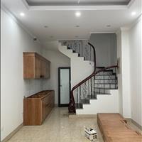 Bán gấp Biệt thự giá rẻ - 5Tầng x30 m2 tại Thượng Thanh Long Biên- Đỉnh của đỉnh.