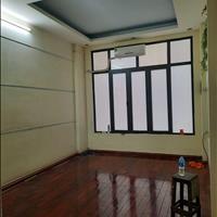 Bán nhà Nguyễn Khánh Toàn 35m2 - 5 tầng - ô tô đỗ cửa, kinh doanh tốt – Giá 6.05 tỷ