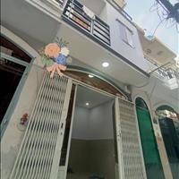 Nhà phố 1 trệt 2 lầu, ngay UBND quận Tân Phú, 2 tỷ, chính chủ.