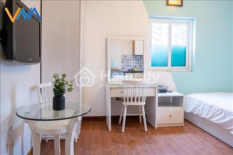 Căn hộ khách sạn cho thuê Vnahomes 118 Đào Tấn, mặt phố, ô tô đỗ cửa, thang máy