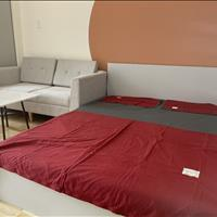Căn hộ 1 phòng ngủ cao cấp mới xây full nội thất gần sân bay Cộng Hoà Hoàng Hoa Thám KCN Tân Bình