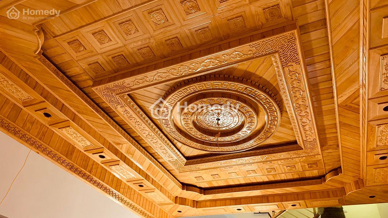 Trần nhà bằng gỗ sang trọng