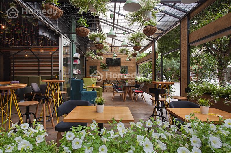 Thiết kế quán cafe sân vườn nhỏ tiết kiệm chi phí