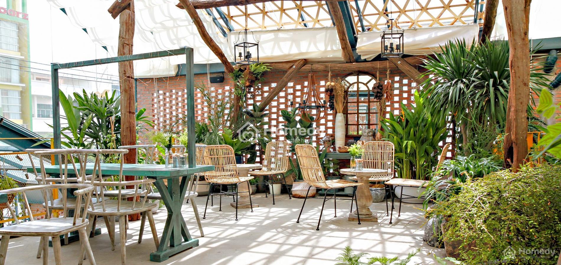 Thiết kế quán cafe sân vườnnhỏ đang trở thành xu hướng hiện nay