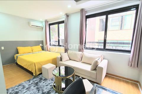 Cho thuê căn hộ full nội thất, cửa sổ ban công Trần Phú Quận 5, gần ngã 6 Cộng Hòa