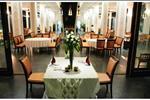 Tại dự án, bạn có thể thưởng thức đặc sản của thành phố biển tại nhà hàng hải sản Champa, thăng hoa hạnh phúc tại trung tâm hội nghị & tiệc cưới cao cấp Champa Palace hay thư giãn tại Champa Club với Bar, Café...