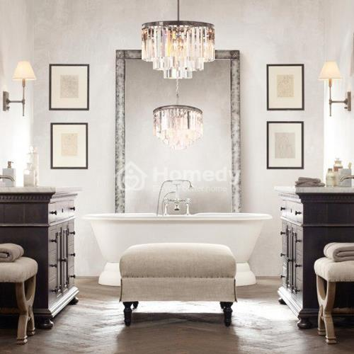 bố trí đèn đèn chùm cho phòng tắm