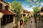 Khu nhà phố thương mại Little Vietnam là một trong những công trình thuộc khu đô thị Hạ Long Marina. Kiểu nhà ở phổ biến nhất tại Little Việt Nam chính là những ngôi nhà ba tầng cấu thành không gian kiến trúc gồm 2 phần: Không gian buôn bán và không gian sinh hoạt. Mỗi một ngôi nhà tại Little Việt Nam đều được thiết kế, xây dựng khéo léo với hai mái, hai mặt tiền bao gồm một mặt phố hiện đại và một mặt phố cổ mang đậm dấu ấn của Hà Nội và Hội An.