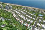 Sunny Villa được thiết kế với độ cao 80 m, thấp dần về phía biển, cư dân có thể nhìn về toàn cảnh Vịnh Hòn Rơm và các cảnh quan thiên nhiên bao quanh.