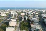 Dự án Khu dân cư Sơn Trà Ocean View nằm trong không gian hòa hợp cùng thiên nhiên với nhiều mảng xanh và đón những cơn gió trong lành từ biển Đà Nẵng.