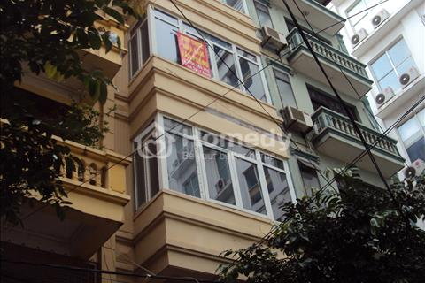 Cho thuê nhà Hoa Bằng, 65 m2 x 3,5 tầng, đủ tiện nghi đẹp