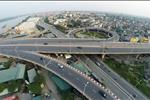 Tọa lạc ngay cạnh cầu Vĩnh Tuy, giao thông tại Udic Riverside đồng bộ, thuận lợi cho các phương tiện, người dân di chuyển qua lại quanh khu vực và từ các tỉnh thành, ngoại thành đổ về trung tâm Thủ đô.