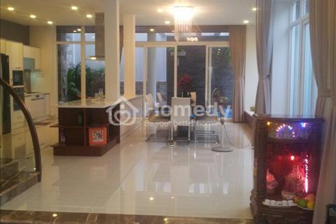 Bán biệt thự quận 2 đường Nguyễn Văn Hưởng, 5 phòng ngủ view đẹp