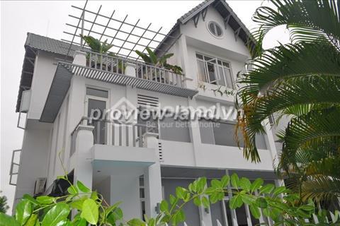 Bán nhà Thảo Điền quận 2 có hồ bơi sân vườn  400m2 5 PN.
