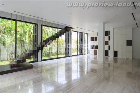 Biệt thự quận 2 villa Thảo Điền 880 m2 hai ban công  cần bán  gấp.