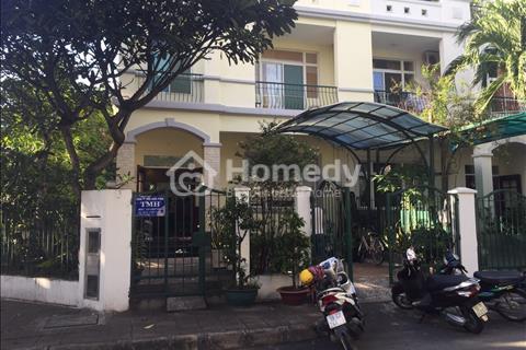 Cần tiền bán gấp biệt thự liên kế Hưng Thái 2, Phú Mỹ Hưng, quận 7