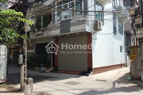 Cho thuê nhà mặt phố Vũ Phạm Hàm, 140 m2 x 5 tầng, Mặt tiền 5.5m