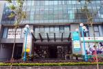 Tòa nhà tổ hợp văn phòng, chung cư Rainbow thuộc quy hoạch khu đô thị Văn Quán cao 27 tầng do Công ty CP BIC Việt Nam làm chủ đầu tư và quản lý.