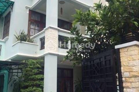 Chính chủ cần bán biệt thự tại khu Thảo Điền Q.2, 170m2, có nội thất. Giá 13,5 tỷ