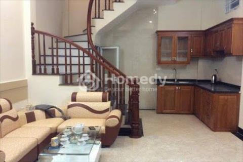Cho thuê nhà  khu vực Mỹ Đình diện tích 65 m2, 5 phòng ngủ - Full đồ. Giá 25 triệu/ tháng.