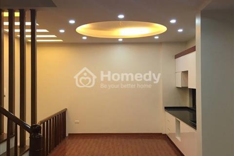 Cho thuê nhà mặt phố Hoàng Ngân nhà mới xây view hồ