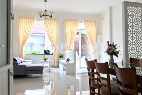 Cần bán nhà đẹp mặt tiền đường Hai Bà Trưng quận 1:4,5X24,trệt,4 lầu, giá 25 tỷ