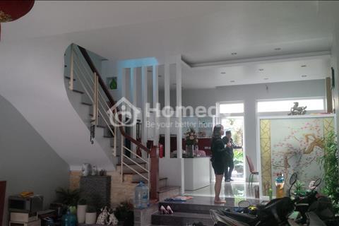 Cần bán gấp biệt thự BT 6 khu đô thị Việt Hưng Long Biên, Hà Nội giá 8.7 tỷ
