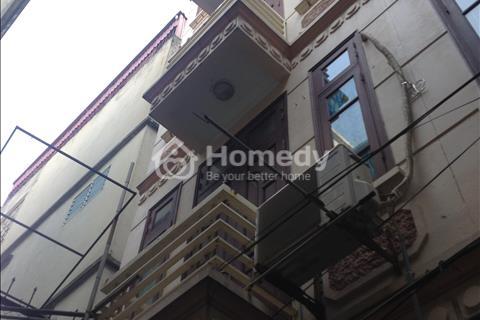 Cần bán gấp nhà 35 m2, 5 tầng phố Nguyễn Ngọc Vũ. Về ở ngay. Pháp lý sạch.