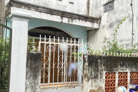 Bán gấp nhà nát tiện xây mới hẻm 30 Lâm Văn Bền, P. Tân Kiểng, Quận 7.