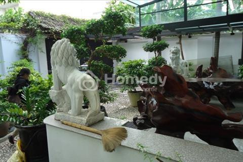 Bán villa đường Cù Lao quận Phú Nhuận : 8x14, trệt, 2 lầu, giá 15,7 tỷ