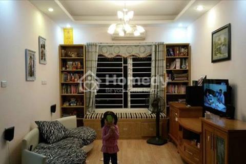 Bán gấp căn hộ Đặng Xá giá cực rẻ, diện tích 60 m2, để lại full nội thất. Giá 800 triệu